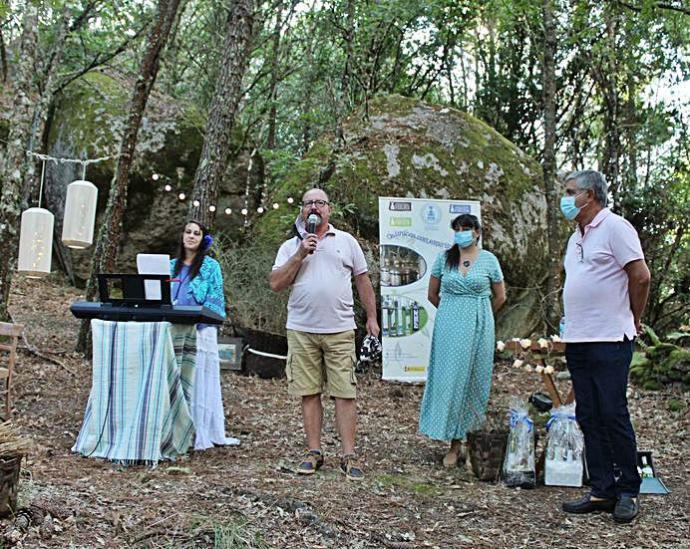 Degustación musicalizada de aguardiante y licor de hierbas · Faro de Vigo